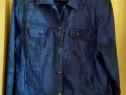 Jacheta albastra cu flori
