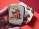 Vintage Pocket /Pill Box de colectie aurie, capac cu inger