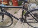 Bicicleta cu roti pe 28