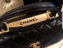 Genți Chanel cu mâner,new model logo metalic auriu,saculet