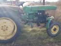 Dezmembrez tractor john deere cu motor in 3 cilindri
