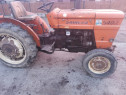 Tractor viticol Fiat 540