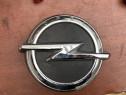 Emblema sigla actionare deschidere haion Opel Astra K 2016
