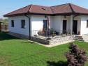 Casa 4 camere parter, 98 mp utili, curte 462, între 2 pădu