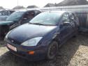 Dezmembrez Ford Focus 1 1.4 benzina 2002 hatchback piese