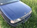 Dezmembrez Opel Vectra A 1.6 i