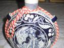 596-Botelcuta muschetar ceramica pt. tarie in stare buna.