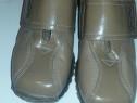 Pantofi de dama ( sau copii)