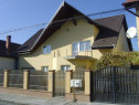 Casa 2 apartamente: 7 camere,garaj,teren 705mp,Terezian