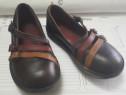 Pantofi din piele pentru fetite KicKers