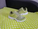 Adidasi Nike