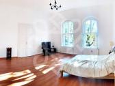 Apartament 2 camere lux, ultracentral, Oradea AV037
