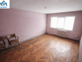 Apartament 3 camere dec , centrala, PVC Bazinului de Inot