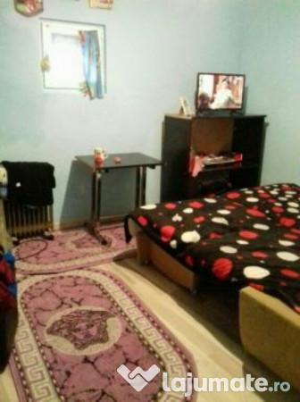 Vanzare  casa  5 camere Bucuresti, Marasesti  - 50000 EURO