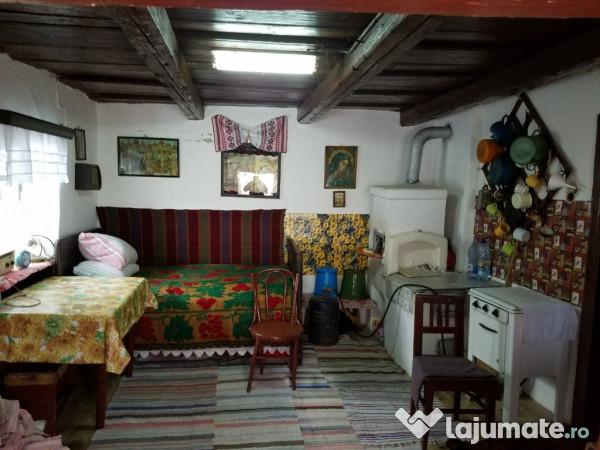 Vanzare  casa  2 camere Brasov, Sinca Veche  - 18000 EURO