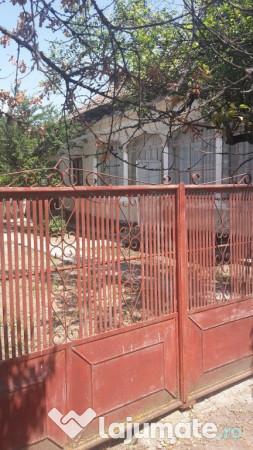 Casa comuna smardioasa la 17 km alexandria eur - La casa alexandria ...