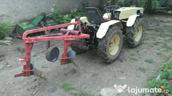 Tractor Pasquali 980e 4x4 38cai  4 000 Eur