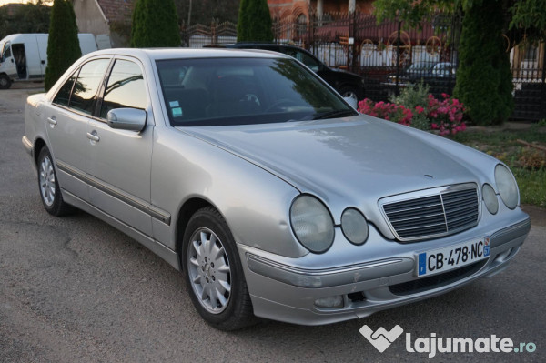 mercedes e220 elegance 2 2 cdi an 2000 eur. Black Bedroom Furniture Sets. Home Design Ideas