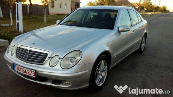 mercedes e220 cdi an 2003 eur. Black Bedroom Furniture Sets. Home Design Ideas