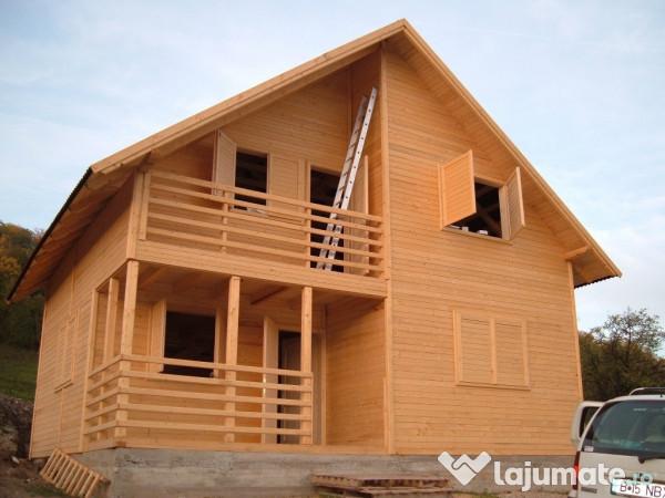 Casa pe structura de lemn si placate cu lambriu for Case din lemn pret 5000 euro