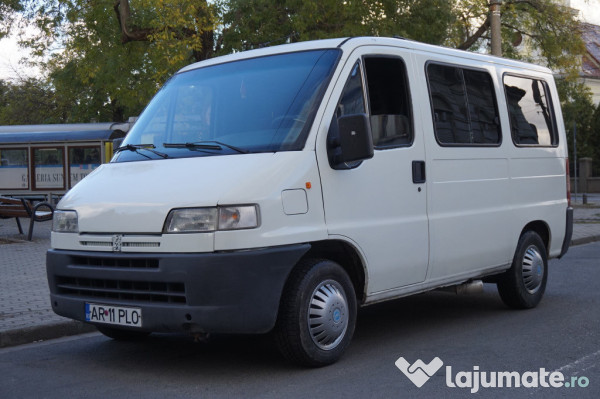 peugeot boxer 9 locuri 2 5 td diesel an 1997 eur. Black Bedroom Furniture Sets. Home Design Ideas